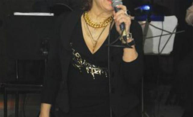 Τραγικές ώρες για πασίγνωστη Ελληνίδα τραγουδίστρια! Δίνει μάχη για τη ζωή της