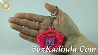 Mini Amigurumi Örgü Çanta anahtarlık modeli