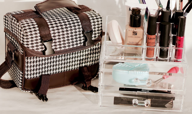 chic camera bag, acryl make up organizer