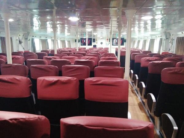 interior kapal express semarang