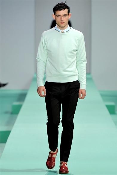 verde pastel moda masculina look