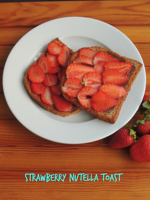 Easy Nutella Strawberry Toast