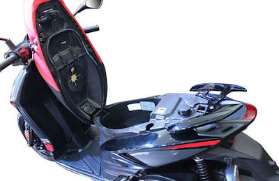 Upcoming 2016 Aprilia SR 150  boot space Hd pose