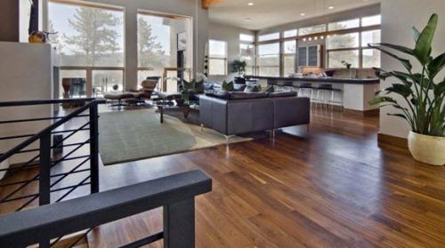 salah satu faktor penting dalam merancang rumah dambaan kita 10 Cara Memilih Warna Lantai Rumah Minimalis