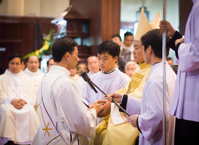 Lễ truyền chức Phó tế và Linh mục tại Giáo phận Lạng Sơn Cao Bằng 27.12.2017 - Ảnh minh hoạ 10