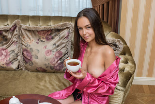 cumshot porn - Sexy Naked Girl Karina Baru