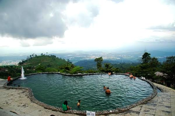 Obyek Wisata di Seputar Kawasan Bandungan Semarang 10 Obyek Wisata di Seputar Kawasan Bandungan Semarang