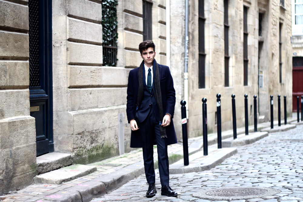 Blog-mode-style-homme-costume-sur-mesure-atelier-NA-bordeaux-paris-style-cviar-cravate-dries-van-noten-churchs-shoes-triple-sole-se-faire-faire-elegant-conseil-qualite