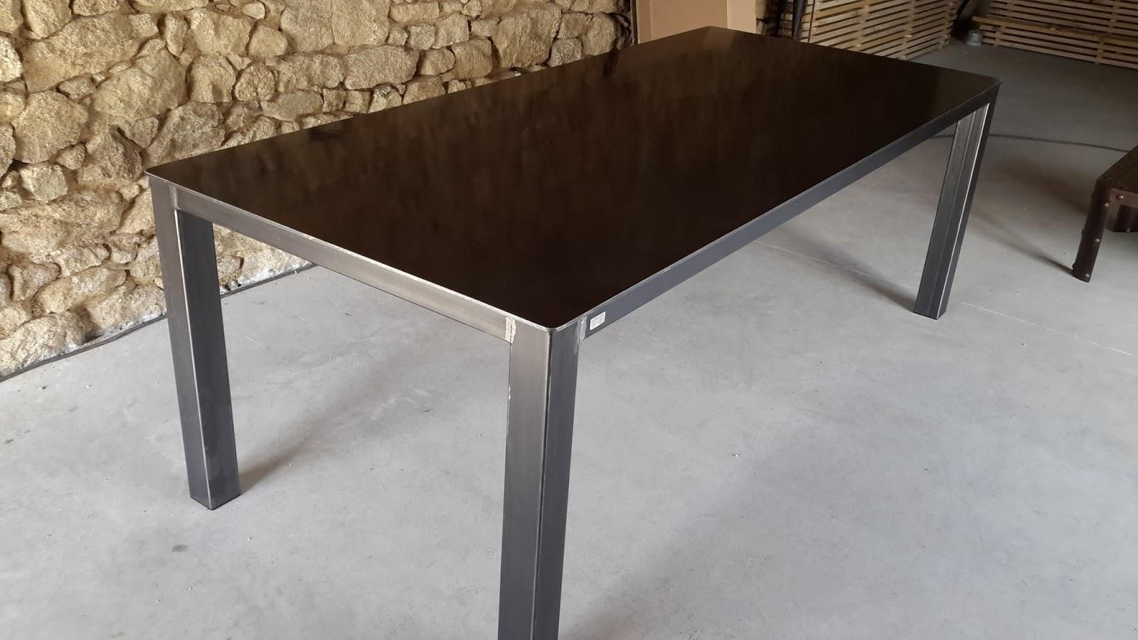 c factory creation table m tal. Black Bedroom Furniture Sets. Home Design Ideas