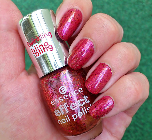 Nailsonntag #168 - Essence Effect Nail Polish 17 never stop dreaming