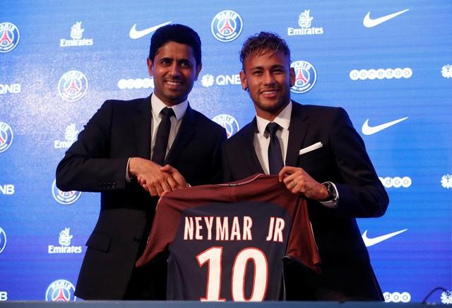 Neyma foi apresentado ao PSG e pode jogar neste sábado - Saiba onde assisitir