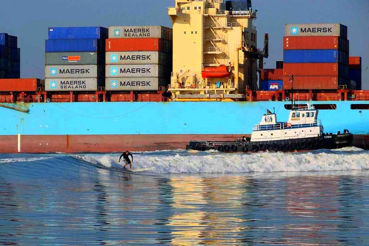 galveston bay texas oil tanker surfing