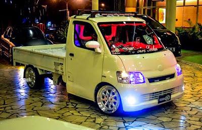 Foto Modifikasi Mobil Daihatsu Granmax Ekterior Gran Max