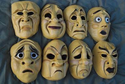 Личностные расстройства - это не столько патология, сколько экстремальная, чрезмерная характерология. Утрированная, как театральные роли или маски