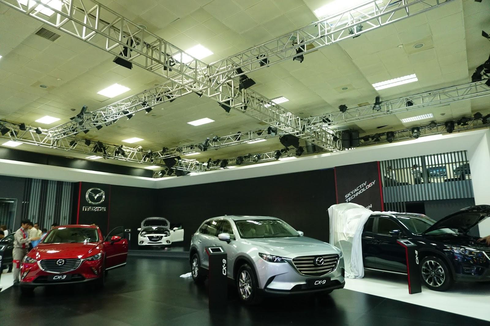 Gian hàng của Mazda với sự hiện diện của CX-3, hàng hot thời gian tới