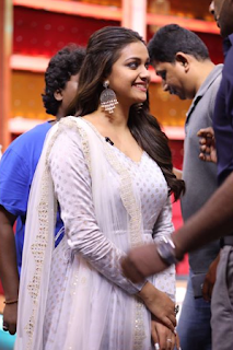 Keerthy Suresh with Cute and Lovely Smile for Sunnamoruvar 1