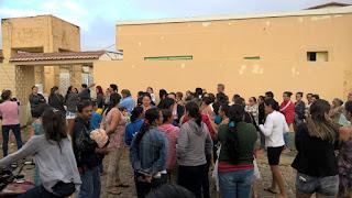 Pacientes enfrentam madrugada na fila por atendimento em Nova Palmeira; gestão emite nota de esclarecimento
