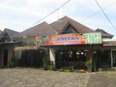 Rumah makan ampera Trunojoyo Bandung