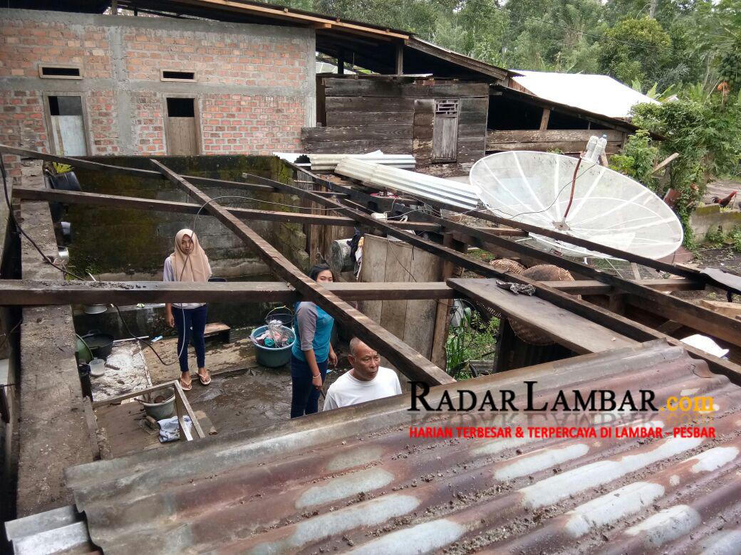 Puting Beliung Rusak Empat Rumah Warga