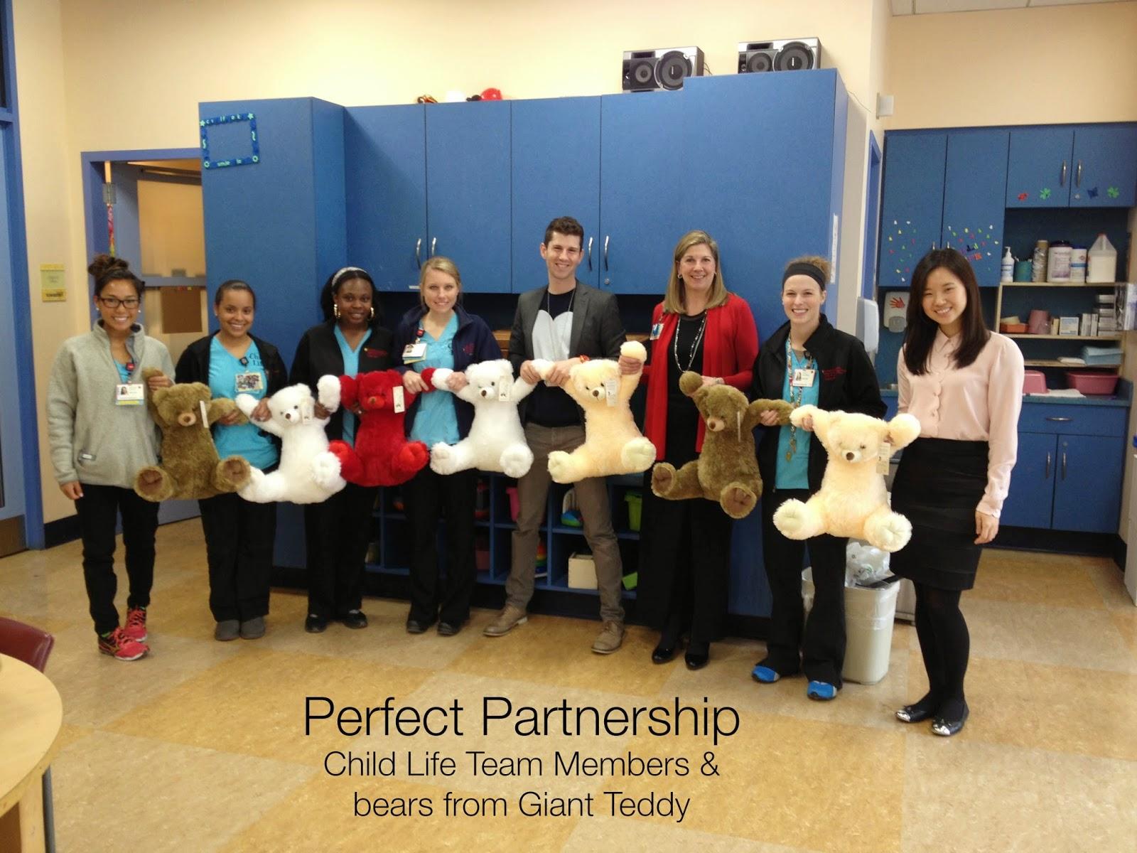 Giant Teddy Blog: Giant Teddy Bear Ambassadors to NewYork