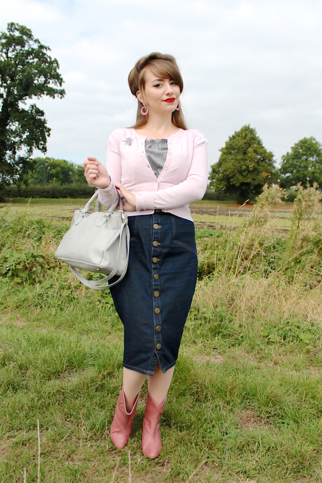 Cowgirl/western themed vintage style outfit