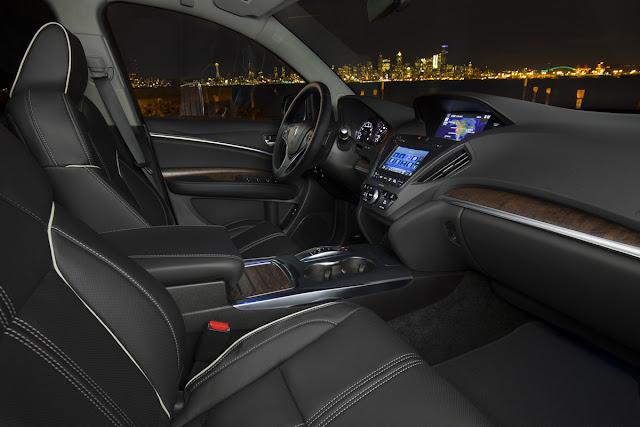 Interior view of 2017 Acura MDX Sport Hybrid AWD Advance