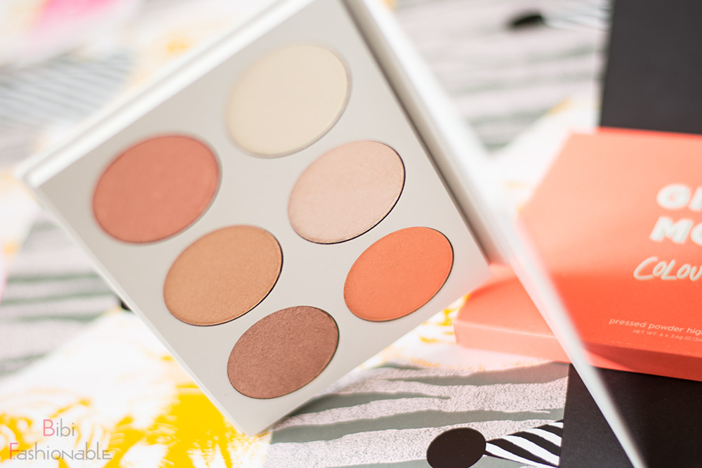 ColourPop Gimme More Pressed Powder Highlighting Palette offen aufgestellt
