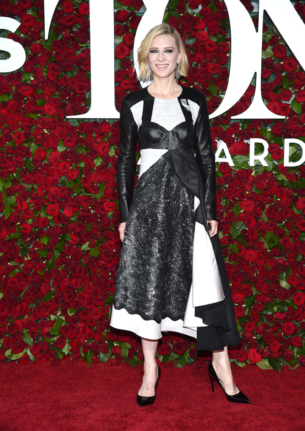 Cate Blanchett wears metallic gown to the 2016 Tony Awards in NY