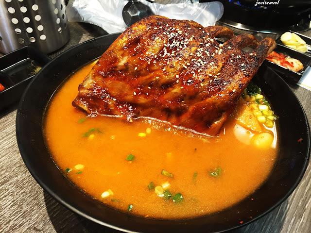 IMG 7240 - 【台中美食】來自韓國的『打啵雞DoubleG』韓國無敵王燒肉串VS熊掌拉麵 滿滿的飽足感稱霸你的胃 @打啵雞 @doubleG @巨大熊掌拉麵 @韓國無敵王燒肉串