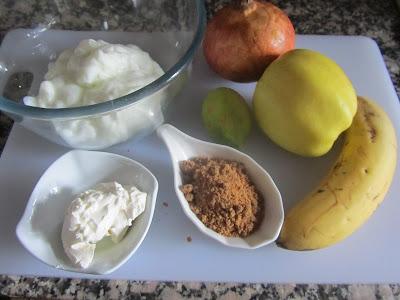 Batido de yogur con frutas de temporada