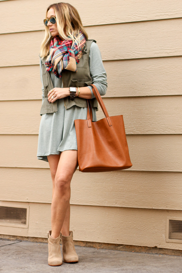 parlor girl simple fall outfit
