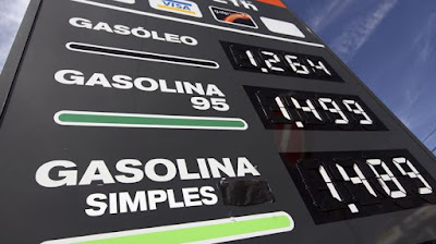 http://rr.sapo.pt/noticia/83019/gasoleo_e_gasolina_mais_baratos_esta_semana