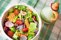 kandungan salad buah dan sayuran untuk kesehatan