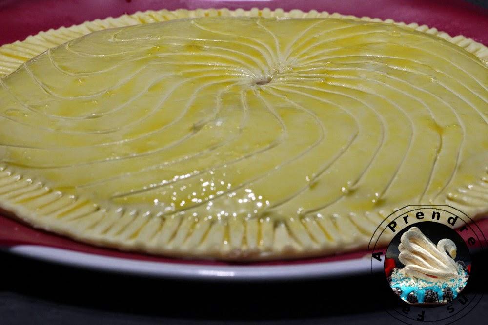 Galette des rois poire-spéculoos au cream cheese (pas à pas en photos)