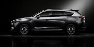 2018 Mazda CX-8: Caractéristiques, conception, groupe propulseur