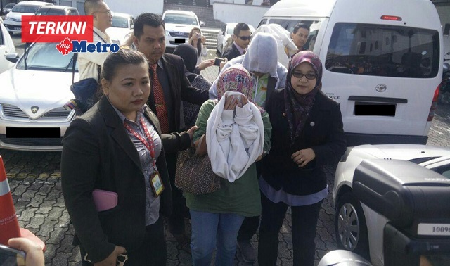 Tiga Termasuk Bekas Pengarah JANS Didakwa Seleweng RM3.3B
