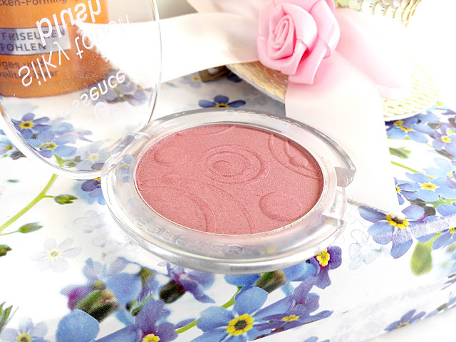 essence blush kissable