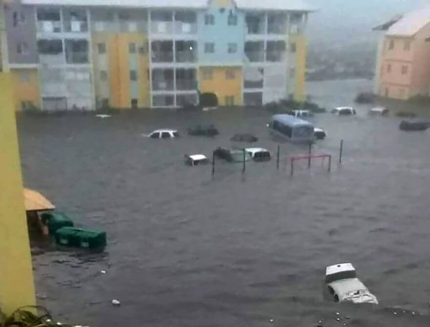 30 Shocking Pictures That Show How Catastrophic Hurricane Irma Is - The Flooding In St Martin