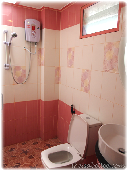 Mod Guesthouse washroom