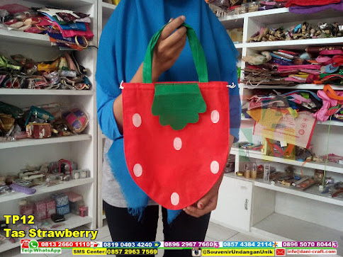 jual Tas Strawberry