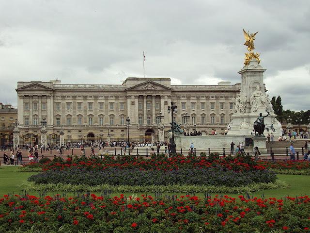Что посмотреть в Лондоне бесплатно: Букингемский дворец