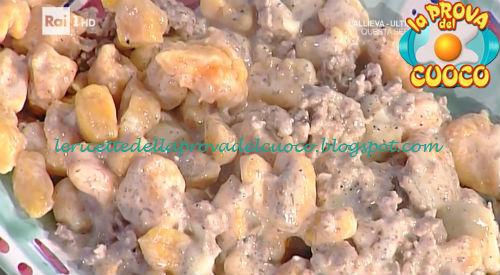Gnocchi di zucca con sugo alla norcina ricetta Moroni da Prova del Cuoco