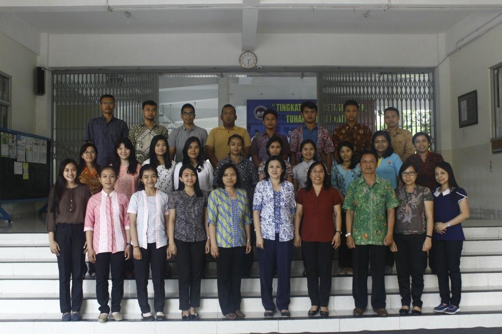 SKKK Surakarta Adakan Pembinaan Guru dan Karyawan Baru 2017/2018
