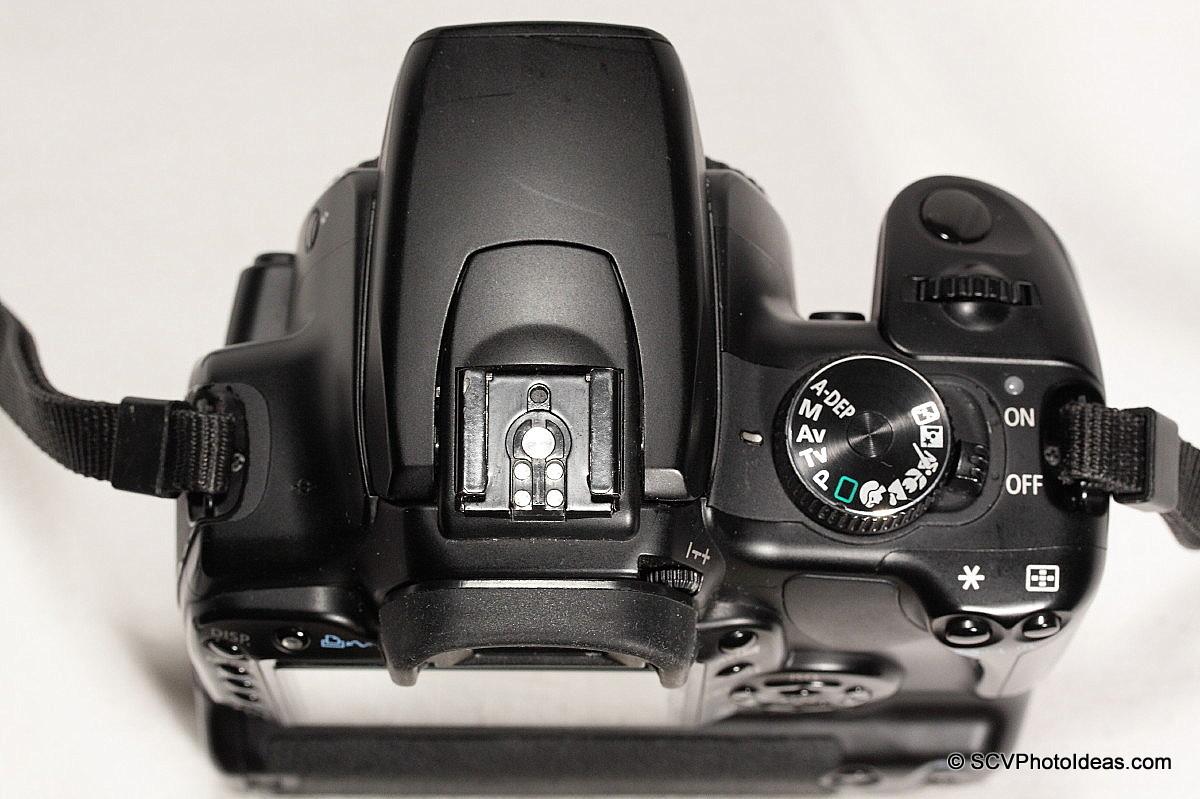 Canon EOS 400D + BG-E3 top