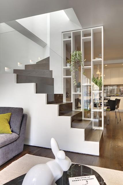 vách ngăn gỗ cầu thang- mẫu số 4
