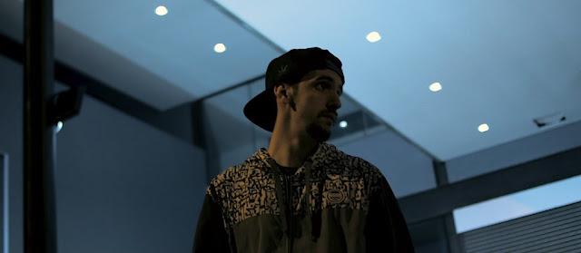 """O rapper Virax  lança o single """"Castelo de Ouro"""", primeiro som do """"Aqua"""" seu próximo EP."""