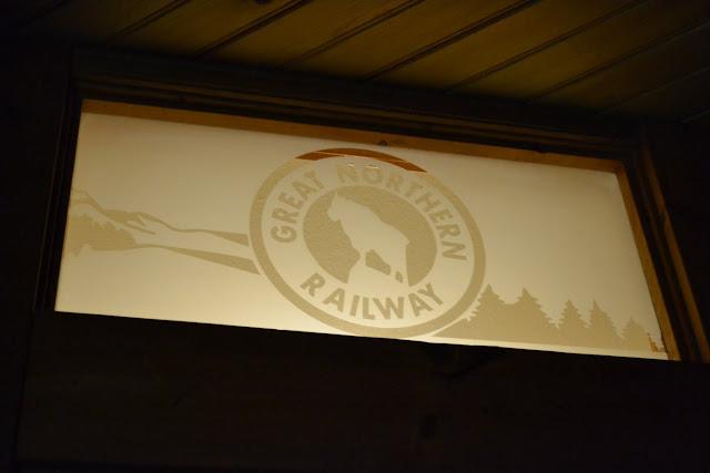 Подорож у минуле - Ісаак Валтон Інн(Izaak Walton Inn, MT)