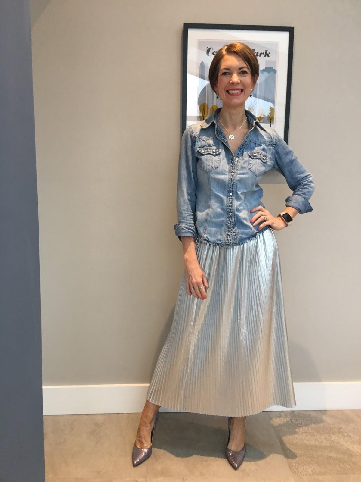 Remarkable, rather Girl bent over skirt