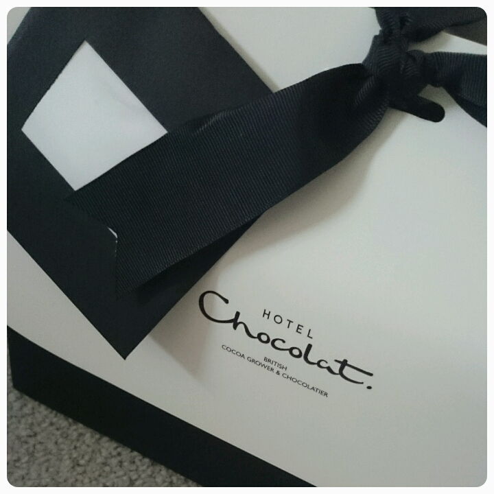 hotel chocolat bag, packaging