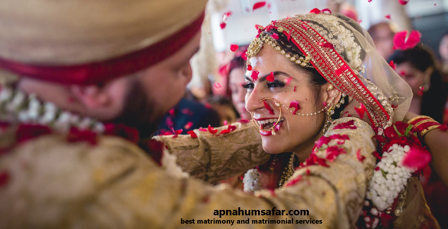 Best matrimonial website in india the advancement of the apnahumsafar wedding sites for indian youth and parents has drastically changed the approach ie choosing life partner a click ccuart Image collections